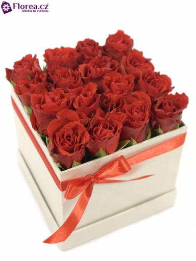 Krabička růží bílá HYADES 12x12x11cm