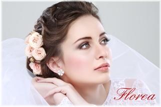 Květiny do vlasů nevěsty