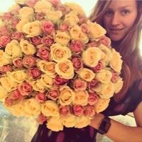 Po čem ženy touží: kytice 100 růží