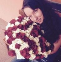Jak pečovat o velkou kytici růží a kam s ní