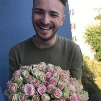 Je vhodné darovat muži květiny?