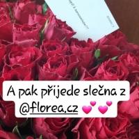 Doručená kytice červených růží