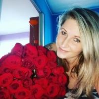 Kytice růží Red Naomi