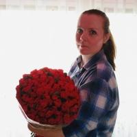 Sto růží El Toro