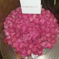 Kytice 100 růžových růží H3O