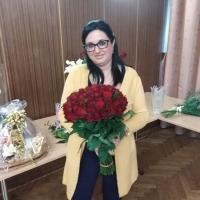 Kytice 50 kusů růží Madam Red