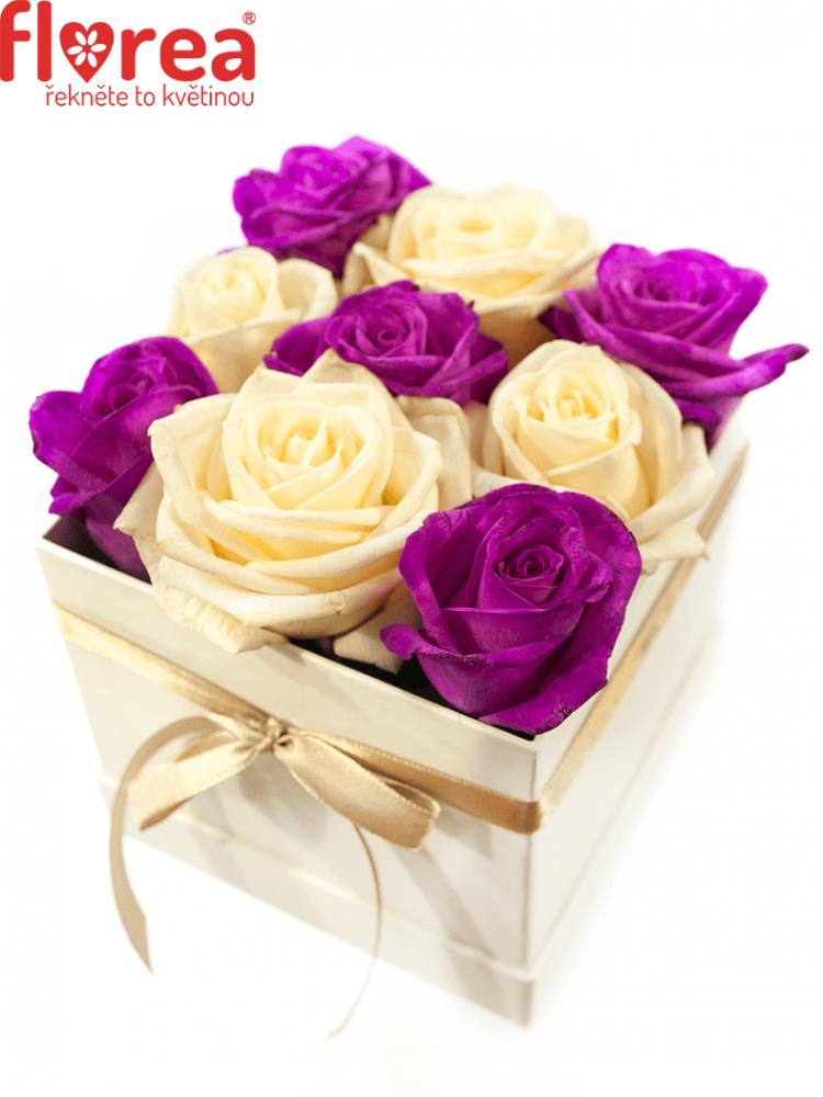 Krabička růží bílá ALIKI 12x12x11cm