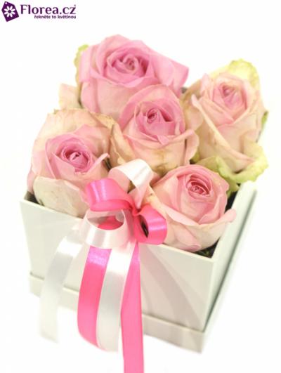 Krabička růží bílá EVANGELIA 12x12x11cm