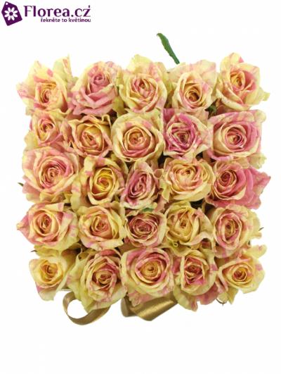 Krabička růží bílá KALISTA 16x16x13cm