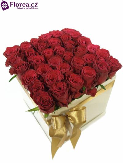 Krabička růží bílá KAIA 20x20x20cm