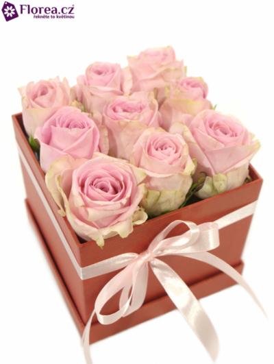 Krabička růží červená EUTROPIOS 12x12x11cm