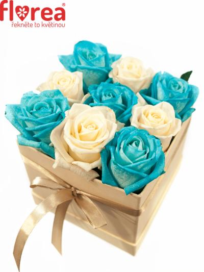 Krabička růží šampaň ALEXIO 12x12x11cm