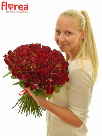 Kytice 100 červených růží FURIOSA 50cm