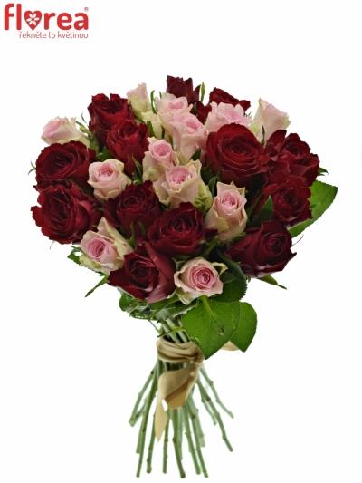 Kytice 25 míchaných růží MADAM BISOU 50cm