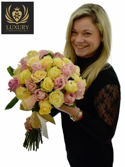 Kytice 35 luxusních růží CLEOPATRA 70cm (XL)