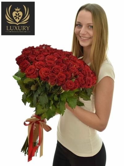 Kytice 55 luxusních růží RED EAGLE